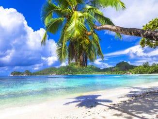 5 Islands to Visit Before You Die